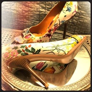 Gucci Flora Pump
